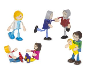 2470 Woodenflexiblefigures Family Pcsout 2000x2000